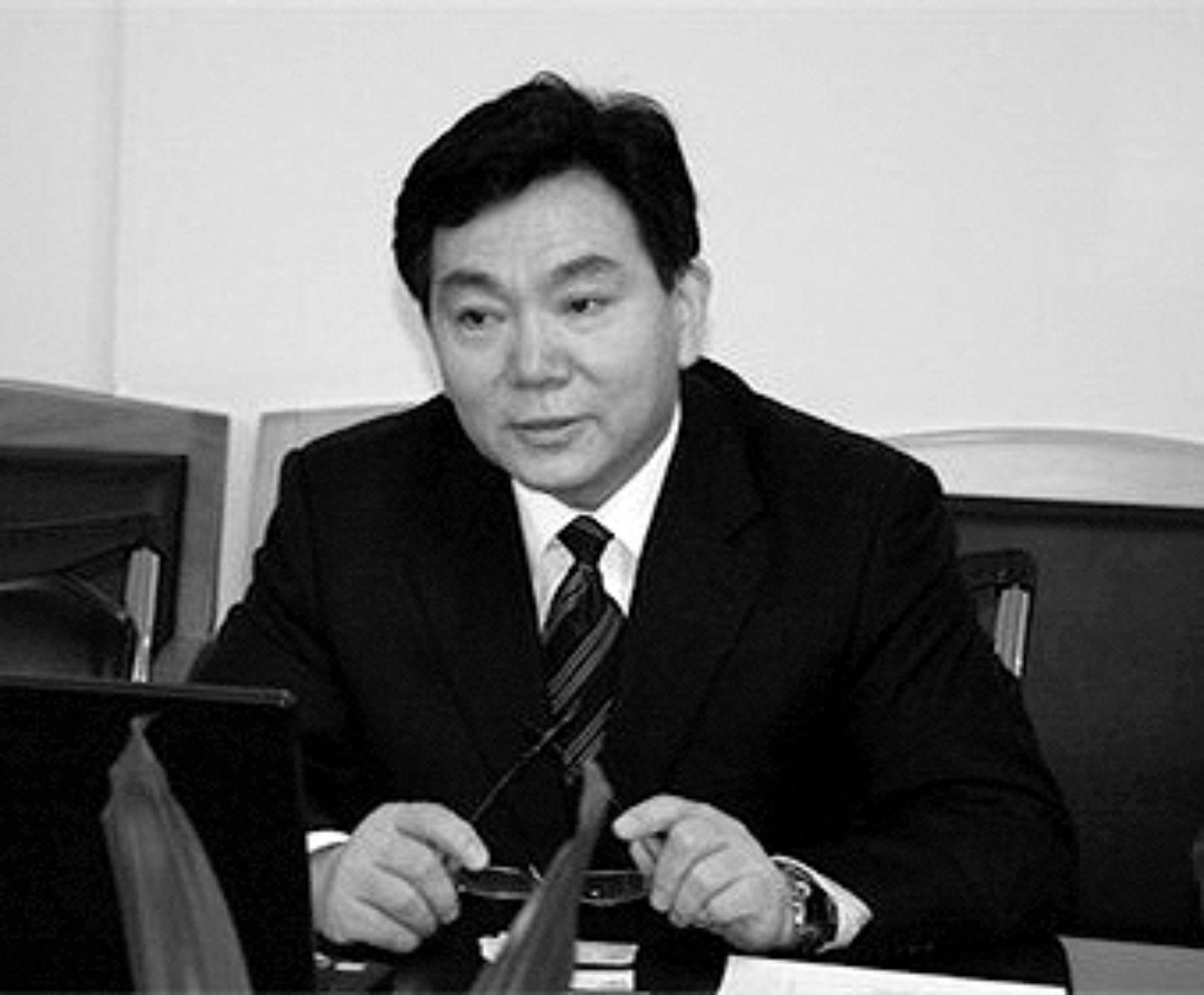 Prof. Qixiang Zhang